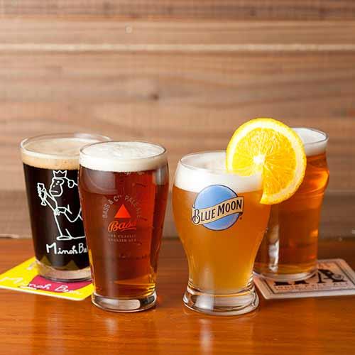 クラフトビール、バス、ブルームーン
