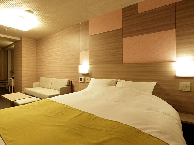 箱根湯本温泉 月の宿 紗ら、お部屋、ベッド、箱根