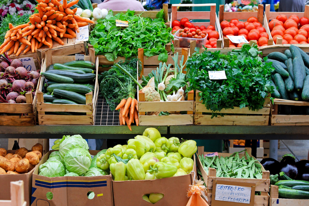 ファーマーズマーケット、イメージ写真、野菜