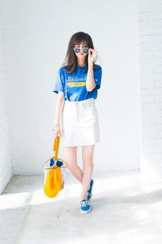 ×ロゴTシャツで
