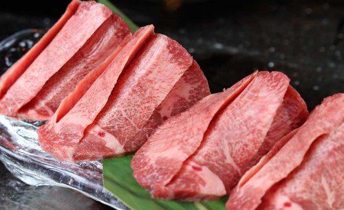 厳選焼肉ニクノトリコの厚切り肉