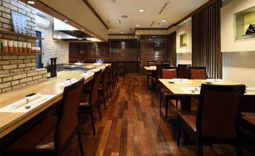 ステーキハウス柳鳳/浅草橋ベルモントホテルの店内