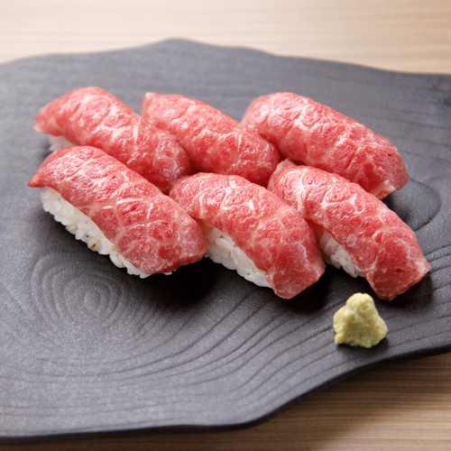土古里 新宿NOWAビル店の肉寿司