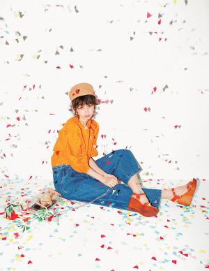 オレンジが映える♡カジュアルかわいいデニムコーデ