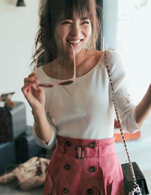 ピンクのトレンチスカートで、おしゃれにグッと差をつけたい♥