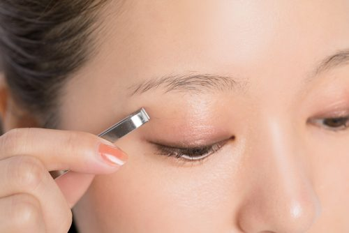 ■平行眉毛の基本の整え方