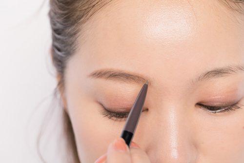 ■薄眉さんのためのおすすめアイブロウマスカラの使い方