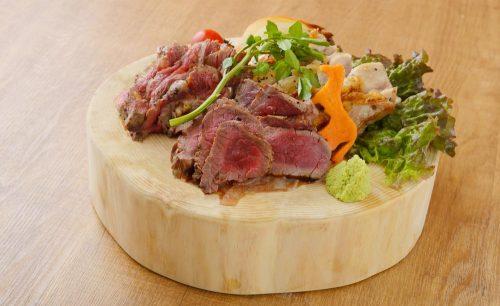 下北沢 肉バル Bon、肉料理