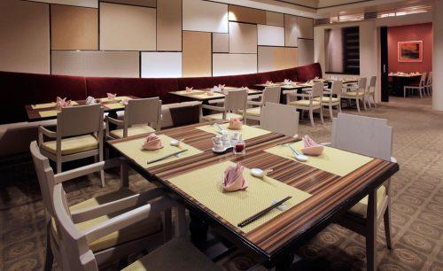 フレンチレストラン シュール ラ メール/東京ベイ舞浜ホテル クラブリゾート、店内