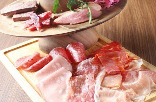 肉バル MANZO 中野店、ハム盛り合わせ