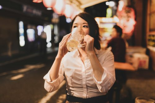 飲むならここで!コスパが高い店が多くあると思う街TOP10!3位「新宿」2位「赤羽」1位は…