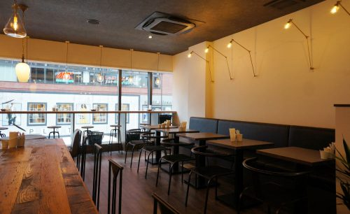 CoffeeLounge Lemon、店内