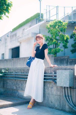 無地T×ストライプスカートの、大人かわいい初夏スタイル★