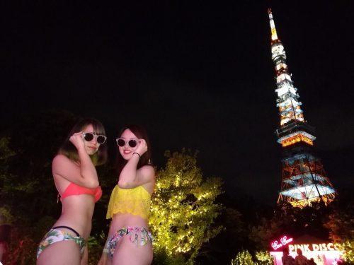 プール、ナイトプール、水着、水着スナップ、ビキニ、東京タワー