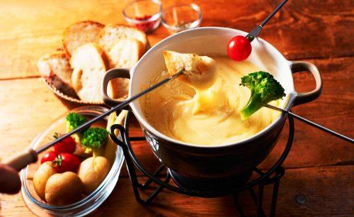 ISSA コレットマーレみなとみらい店のチーズフォンデュ