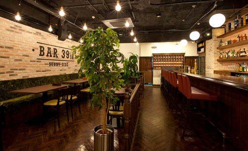 新宿ワイン酒場 三丁目の肉 39thの店内