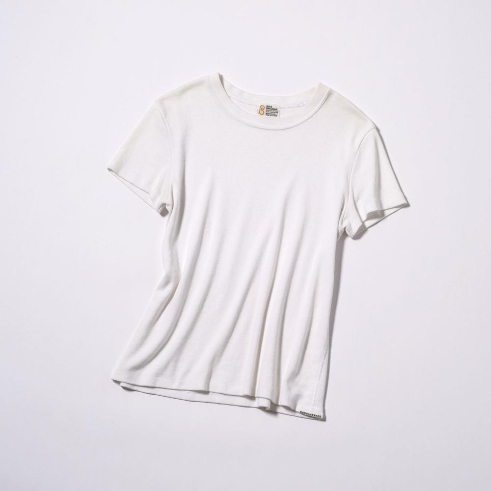 Tシャツ¥10,000(GREED International Tokyo Store<BED&BREAKFAST>)