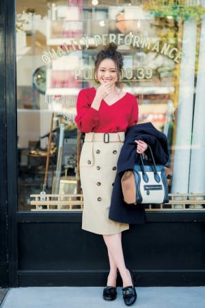 トレンチ風スカートが主役♡春先取りの大人クラシカルスタイル