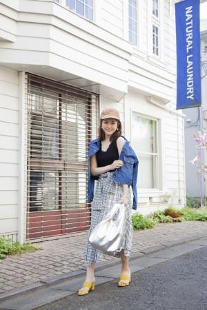 ひとくせチェックスカート×デニムジャケットの「甘カジ」スタイル♡