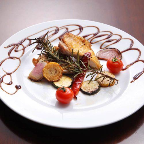 宇田川カフェ スイートの肉料理