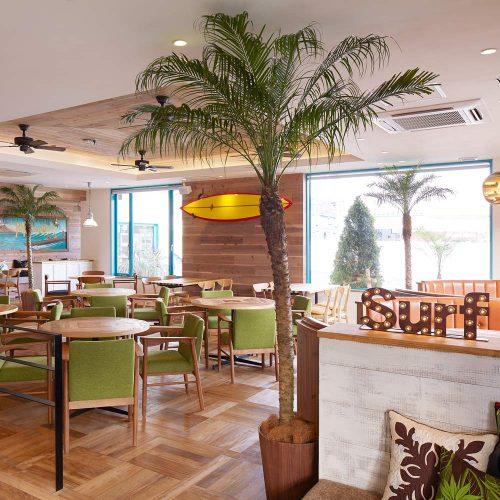 Hawaiian Cafe & Restaurant Merengue岸根公園店の店内