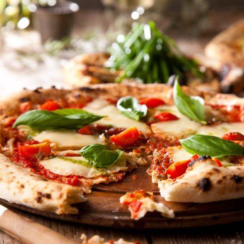 Italian bar バル道 大井町店のピザ
