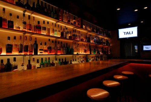 Bar TALI、店内