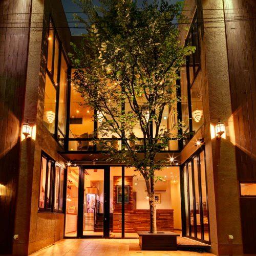 Chez TAKA HIGASHIAZABUの店構え