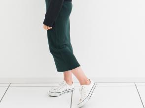 GUのリブナローミディスカート