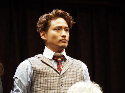 黒柳徹子さん主演舞台「ライオンのあとで」ジャニーズWESTきっての演技派・桐山照史