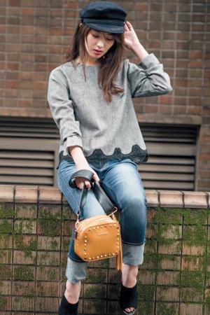 """#05 コーディネートを「ゆめ盛り」してくれる秋のトレンドワード別に、100の見本、総まとめ!すぐにマネできる!""""ゆめ盛り""""コーデ♡100『KEYWORD01 チェックを着るこの秋は、落ち着いた色味のおじ風チェックが大BOOM! あえてスカートスタイルやヒール靴合わせなどで、女性らしく着こなすのが正解です♡』"""