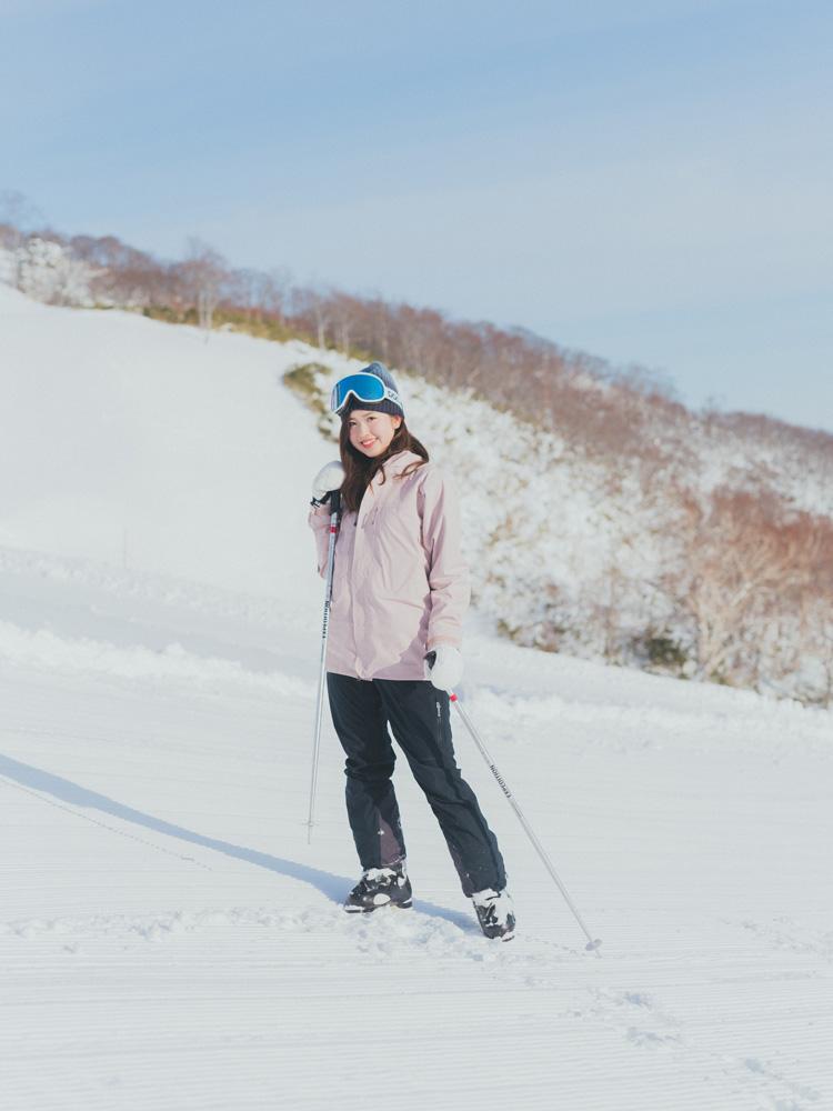スキーウエア、門脇伶奈