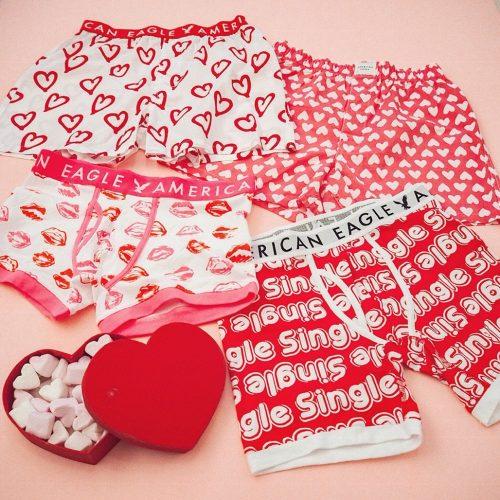アメリカン イーグルのバレンタイン限定パンツ