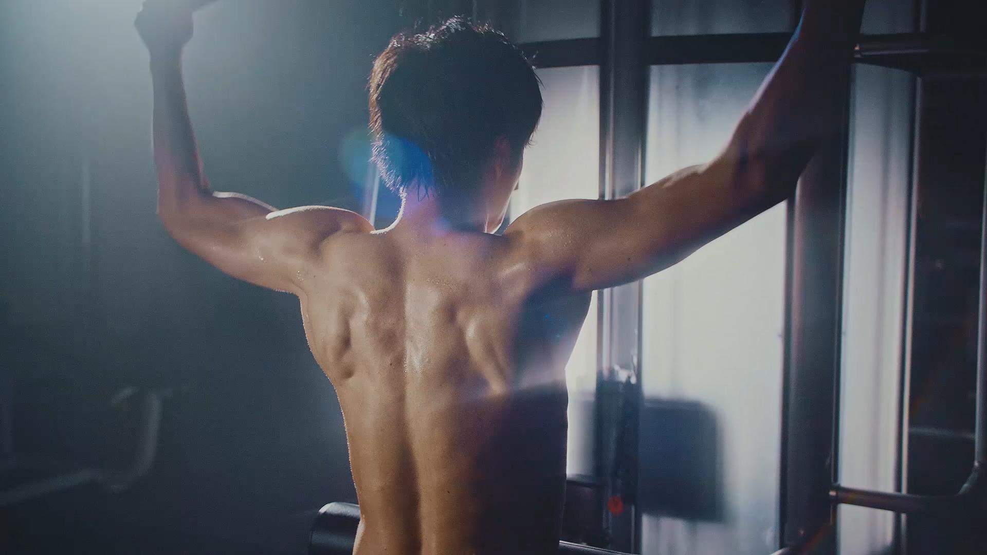 田中圭,裸,