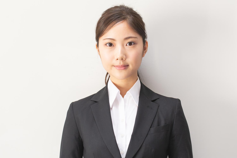 就活で好印象!きちっとしているのに野暮ったく見えない「簡単ひとつ結び」,野村彩也子