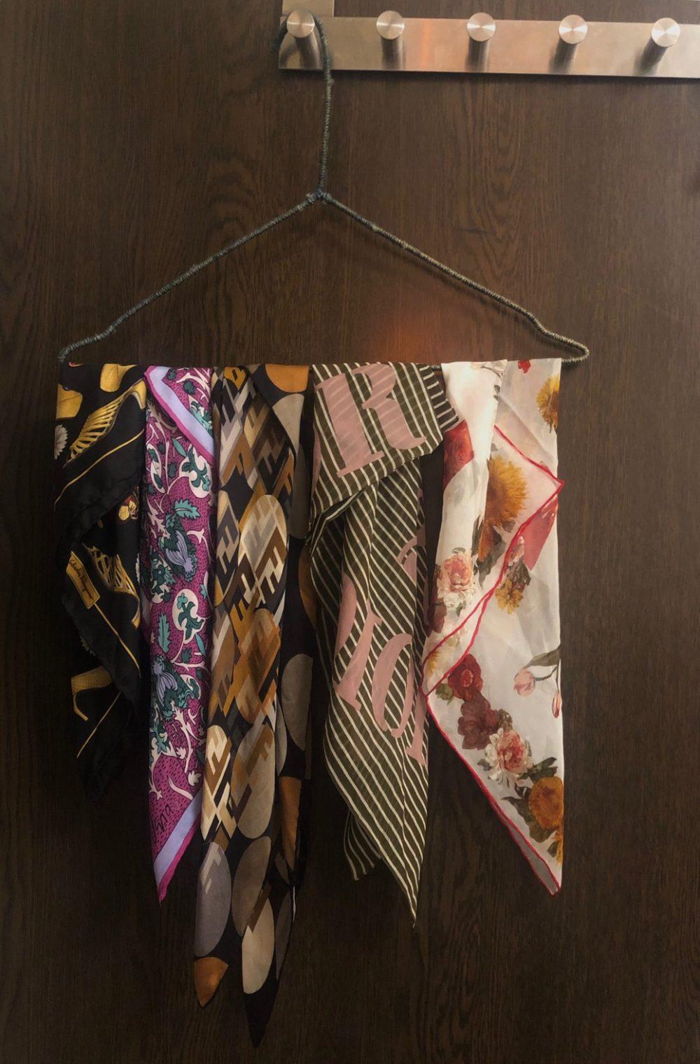 ヴィンテージ リティカ おしゃれ 洋服整理術 収納 スカーフ