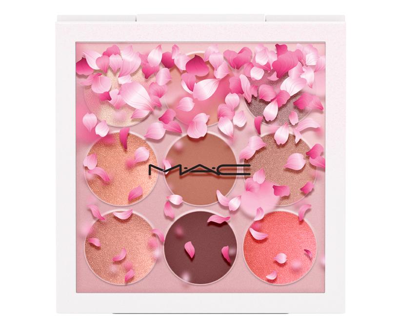 MAC_APAC_BoomBoomBloom_EyeShadowX9_KabukiDoll_white_72dpi_3スモールアイシャドウ×9「カブキ ドール」5,900円(税抜)