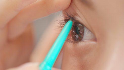 ■瞳が大きく見えるナチュラルメイクテク