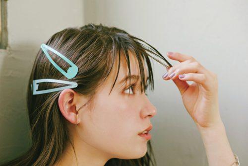 前髪のパックリ割れを防ぐテクニック