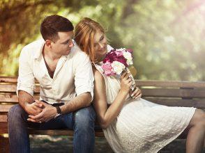 恋した途端に人が変わる!?「恋の仮面」心理テスト