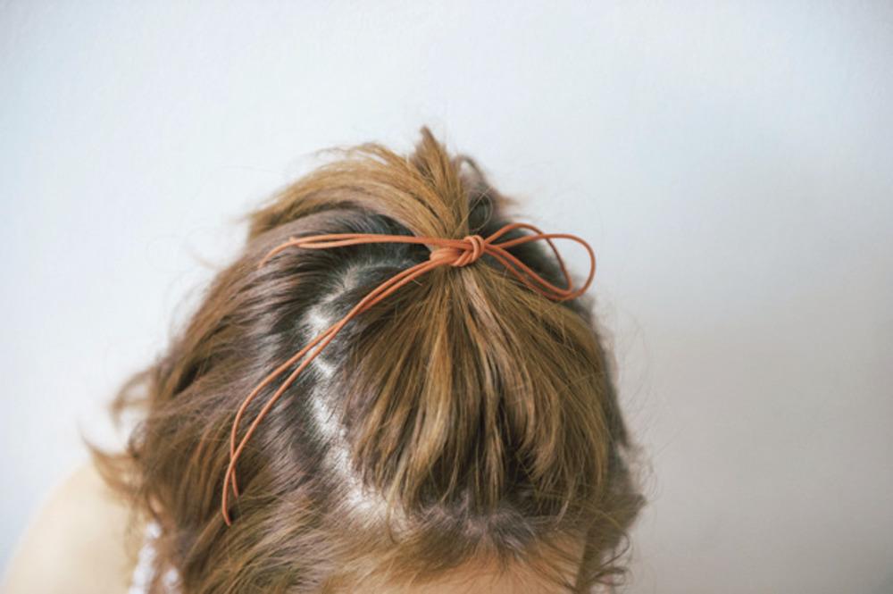 前髪なし!コードで結ぶだけのヘアアレンジ