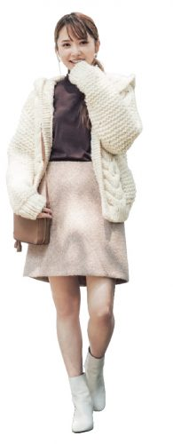 加藤史帆 ニット 台形スカート