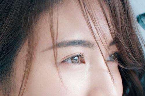 キャンメイクの透明マスカラで作る美人眉