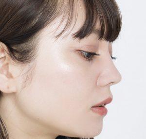丸顔にコンプレックス、立体感を大切にメイクするのがコツ