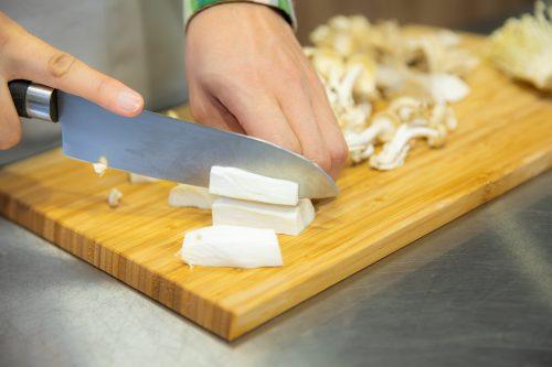 CanCam BOYS AND MEN ボイメン 小林豊 ゆーちゃむ ゆたクッキング レシピ 揚げだしきのこ豆腐 エリンギを切る