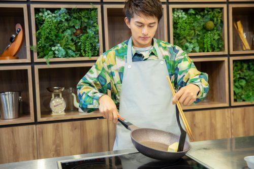 CanCam BOYS AND MEN ボイメン 小林豊 ゆーちゃむ ゆたクッキング レシピ 揚げだしきのこ豆腐 豆腐を焼く