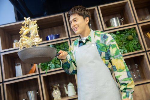 CanCam BOYS AND MEN ボイメン 小林豊 ゆーちゃむ ゆたクッキング レシピ 揚げだしきのこ豆腐 きのこを焼く