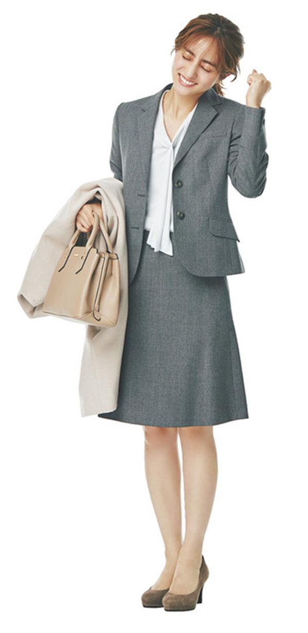 本気のきちんと感が必要。仕事関係の方に誠意を伝える日 『まじめモードなグレーが主役のジャケットスタイルかしこまったご挨拶やプレゼン、謝罪など、お仕事シーンの中で最もきちんとしたい場面。やわらかく控えめな上品さ、なおかつ親しみを感じるグレーなら、きっとうまくいく!』