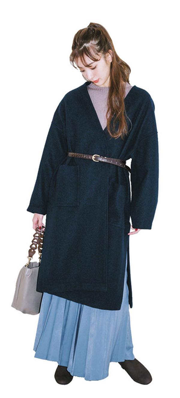 あの手この手で♡ 地味色コートはもっとかわいく着回せる!『頼れるベーシックカラーのコートだけど、毎日着るから飽きてきた!なんて人も多いはず。着こなしをアップデートしてくれる㊙テクニックをご紹介♪』