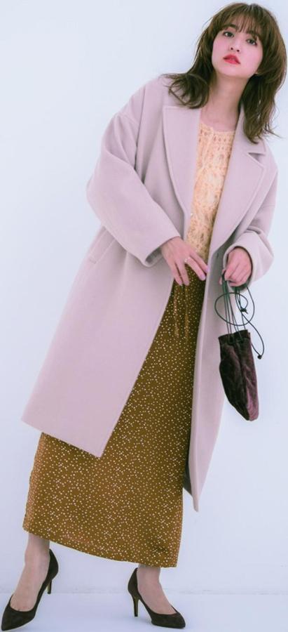 SUKE KNIT:1 ロマ透け 『 甘めが好みなら、モヘア素材&パステルカラーのロマンティックなデザインが◎。女のコらしいやわらかな雰囲気を崩さないように、インナーは必ず白で!』